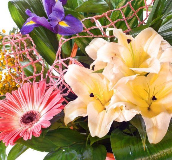 Flores al detalle de Cesta