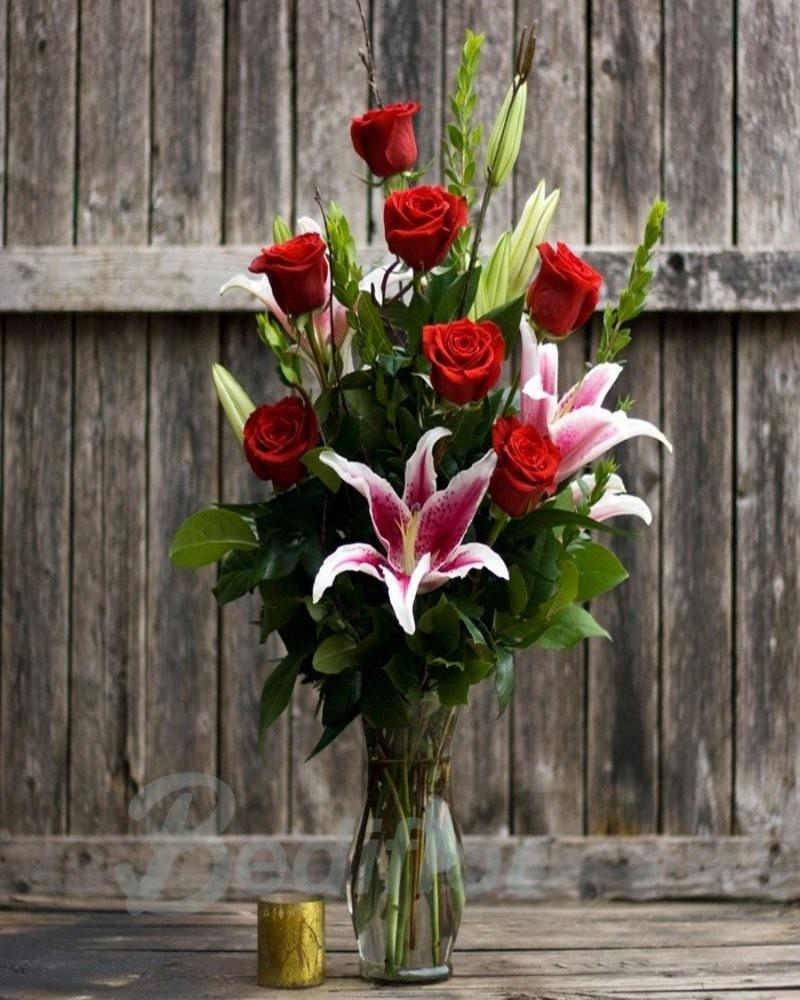 Rosas y liliums